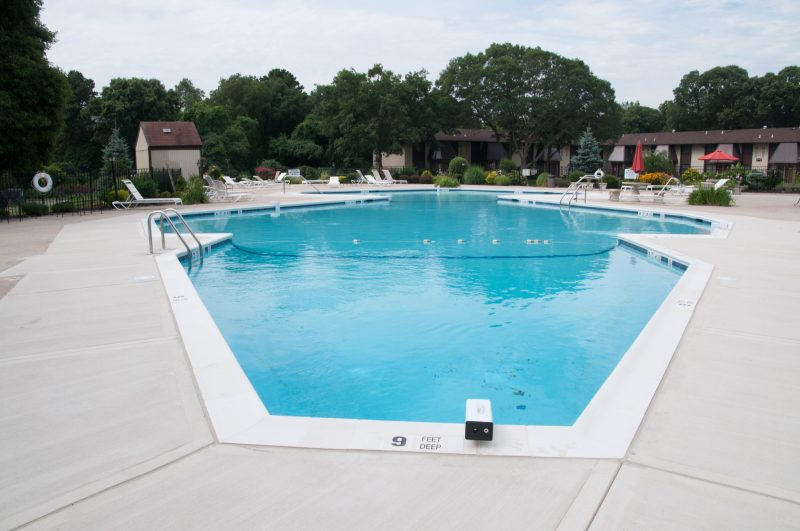 Nassau county pool photo gallery long island pool designer for Commercial pools